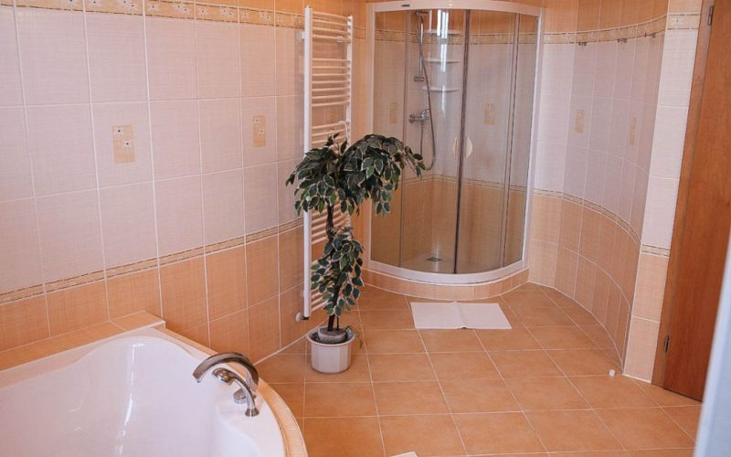 19 chalupa koupelna (3)